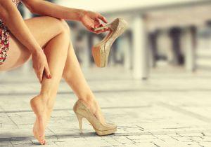 Боль в ноге тянет жилу и вену— что делать и чем лечить в домашних условиях